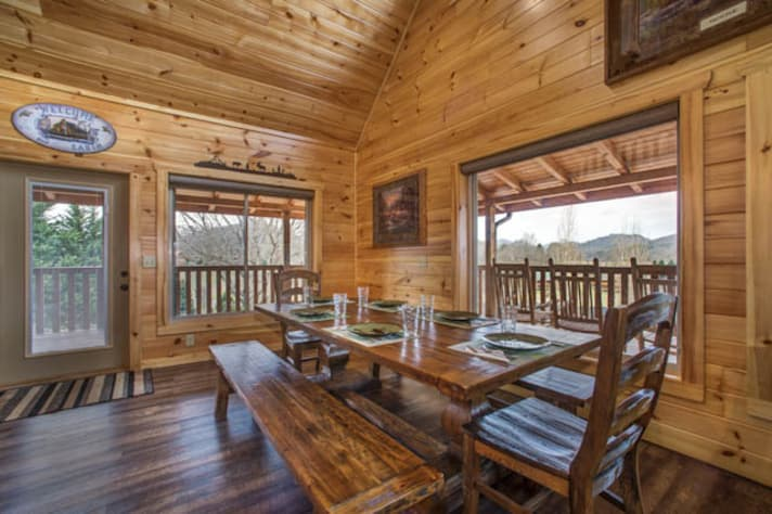 Pigeon Forge, Tennessee Chalet Rental - Gallery Image #7
